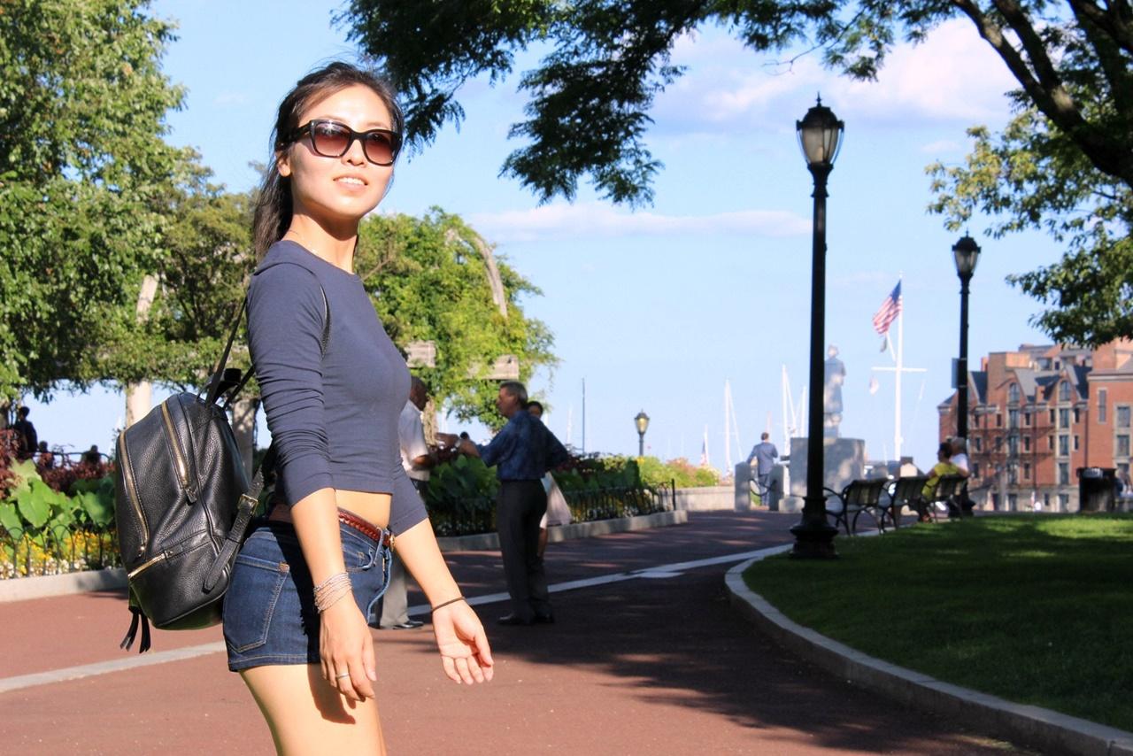 Một sinh viên khoe hình ảnh ở Boston với gia đình